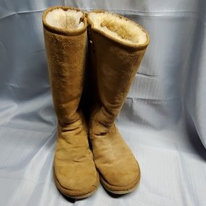 UGG size 10 suede boots